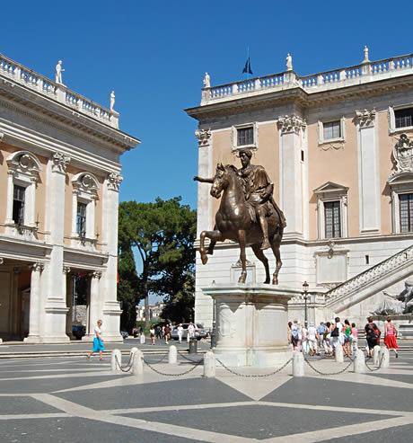 statua-di-marco-aurelio-a-piazza-del-campidoglio.jpg
