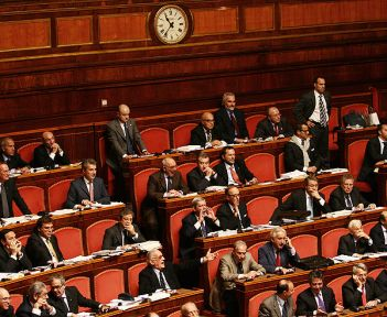 normal_parlamento.jpg